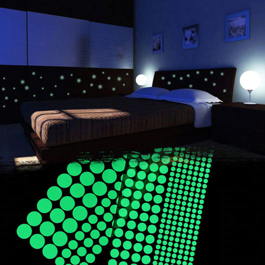 Kids Ceiling Wall Round Dot Stickers Bedroom Glow in the Dark Stars Decoration
